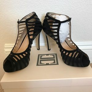 Cage Suede&Leather Peep Toe Heels